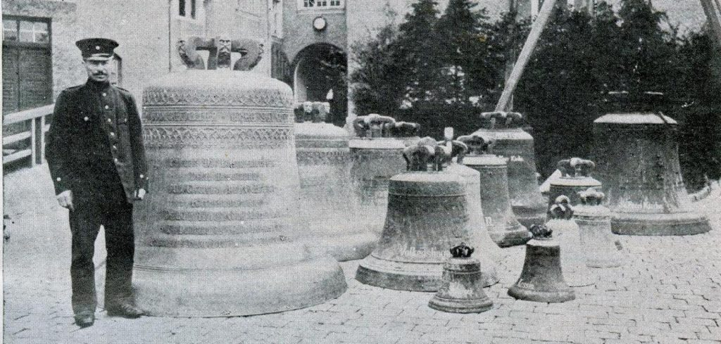 Glockensammlung-in-Rostock