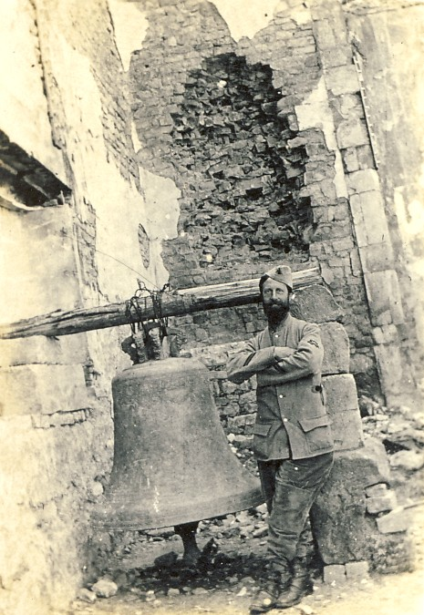 Poilu cloche de Serres - Photo DR